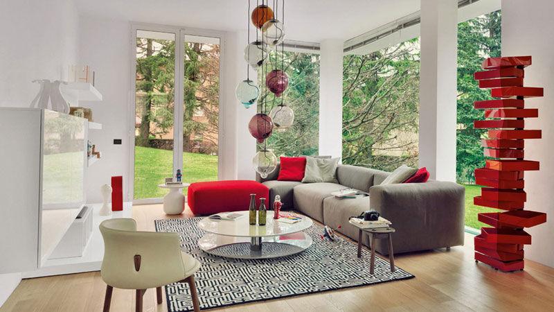 Leuchte Meltdown und Sofa Oblong System