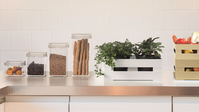 Click&Fresh canisters and Tidy&Store boxes