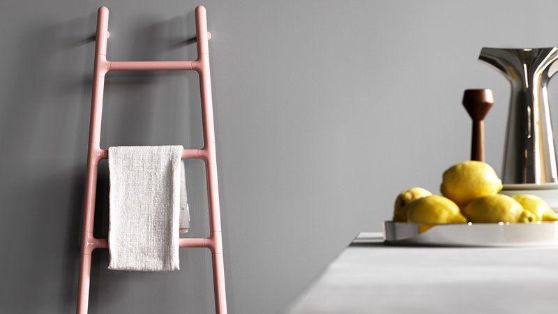 Scaletta heated towel-rack