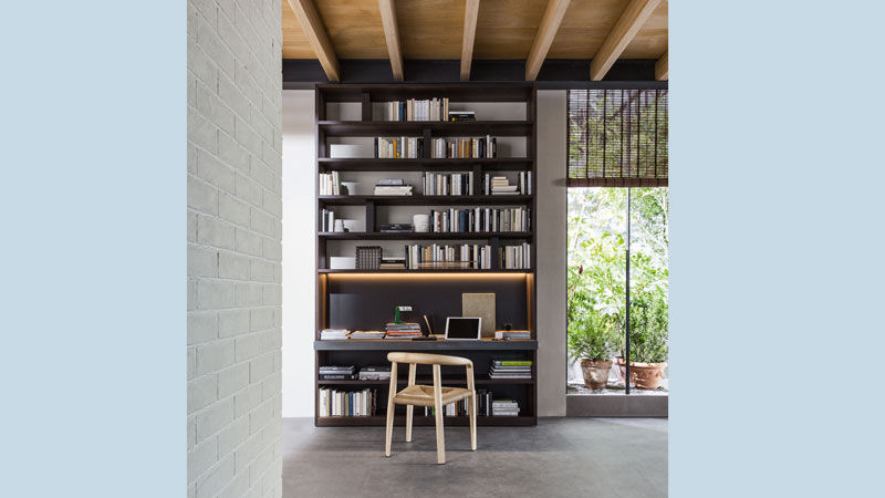 505 bookcase, Miss chair