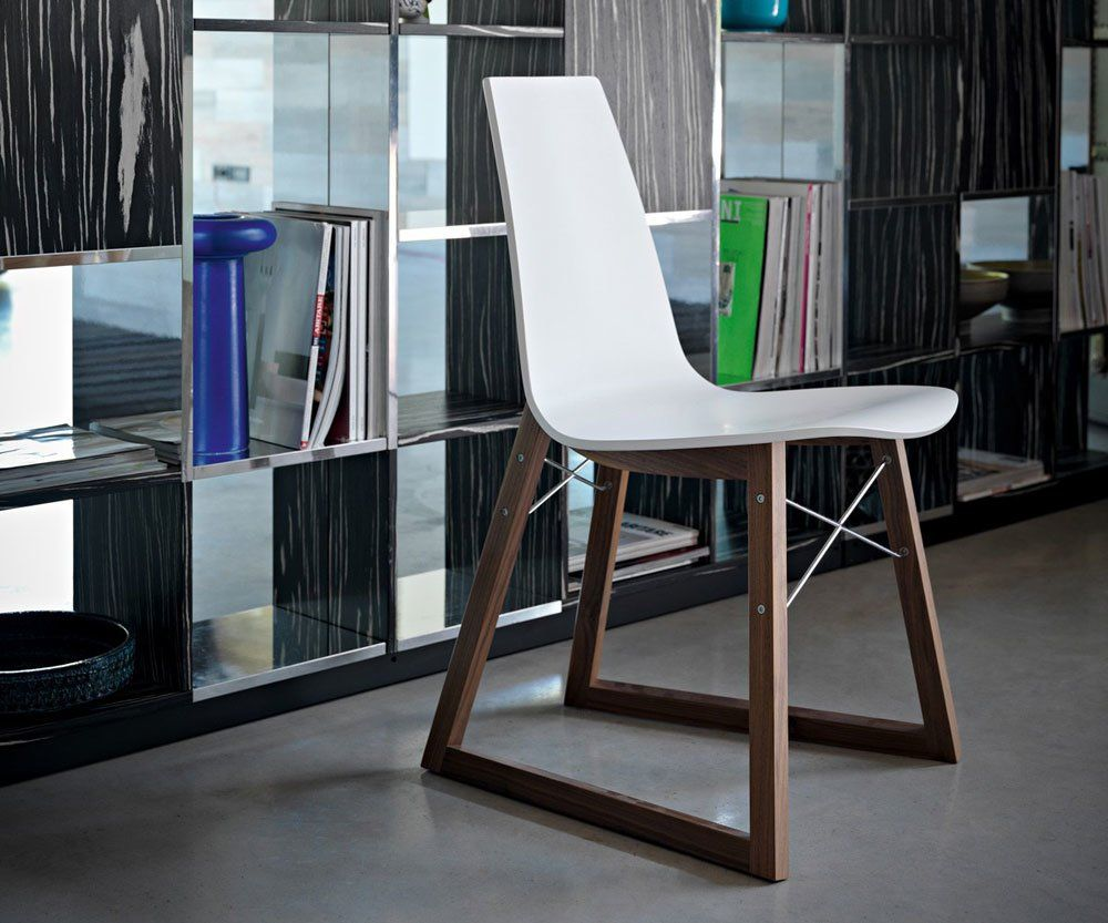Chairs chair ray by horm for Sedie design north america