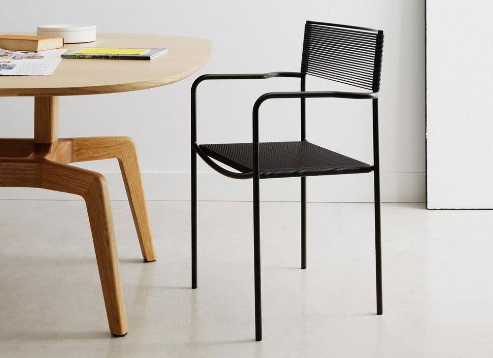 Chaise spaghetti gemini for Evolution de la chaise
