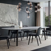 Tisch Mad Dining Table