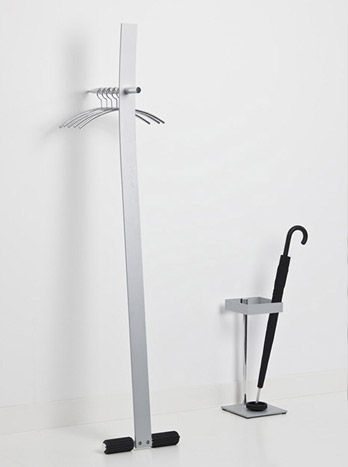 Clothes Stand Standalone