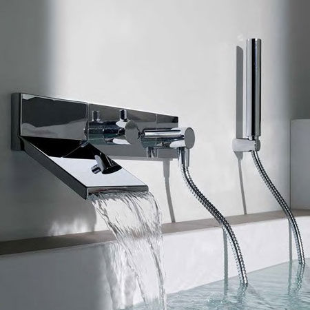 Bathtub fittings Pan+