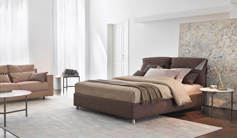 Double Beds: Bed Nathalie by Flou