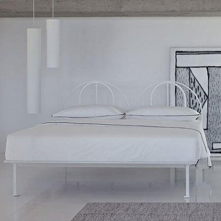 Bed Tappeto Volante