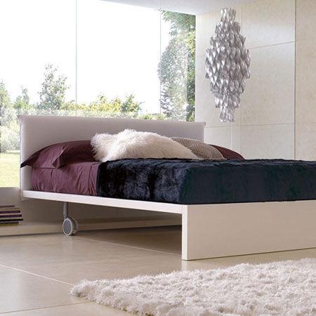 Bed Minimal