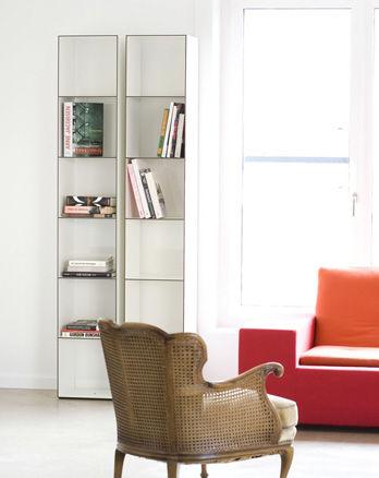 Bookcase 25