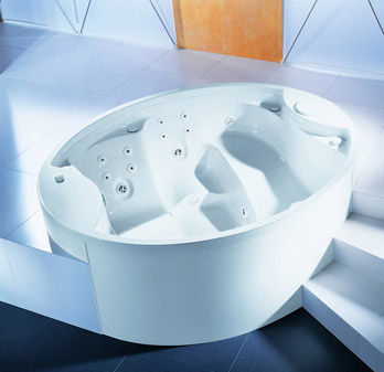 Whirlpool bathtun Winnipeg