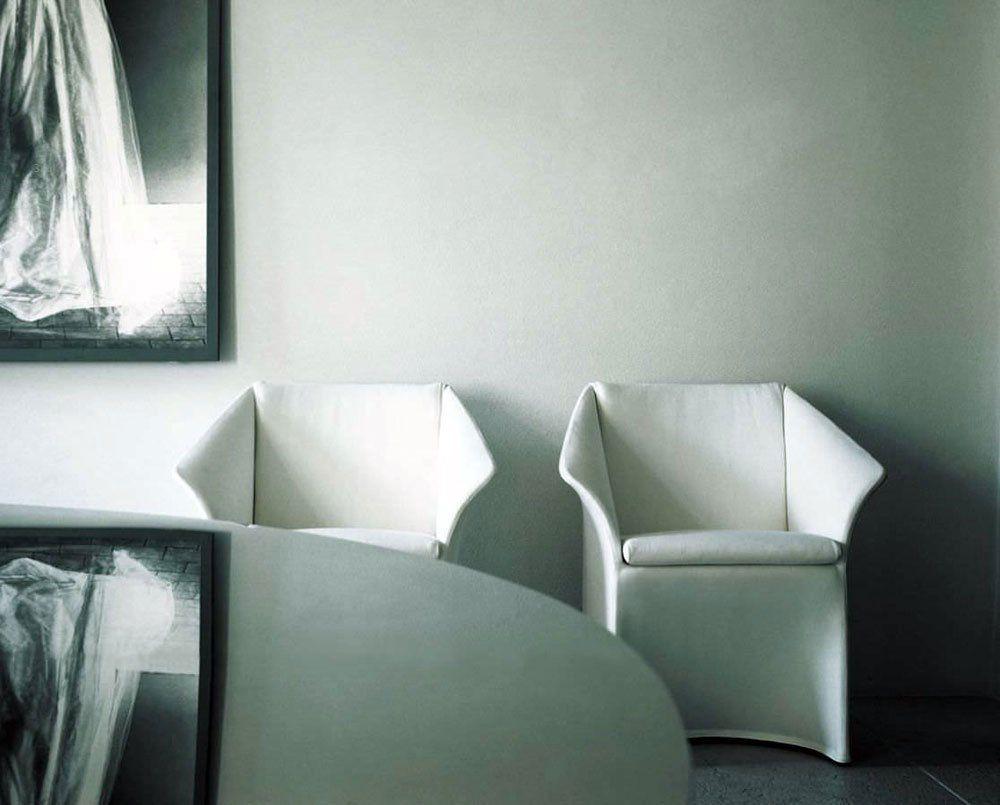 living divani kleine sessel kleiner sessel opera designbest. Black Bedroom Furniture Sets. Home Design Ideas