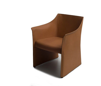 Kleiner Sessel Cap Chair 2