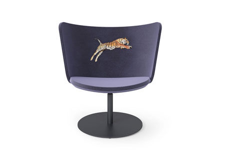 Small Armchair Embroidery Tiger