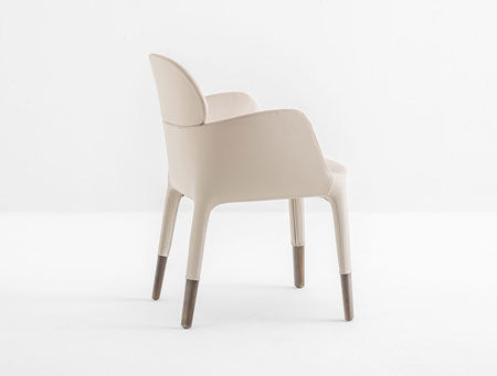 Small armchair Ester 690