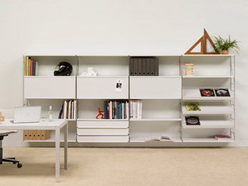 Shelf Tria