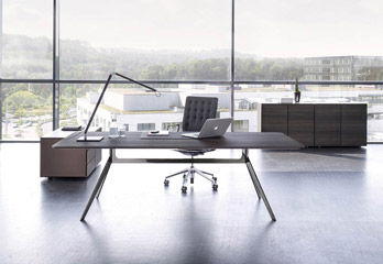 Desk Star [a]