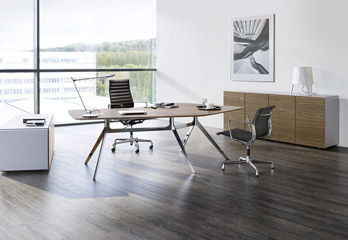 Desk Star [c]