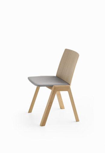 Chair Kira