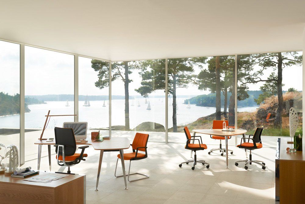 Office chairs chair swing up by sedus for Sedie design north america