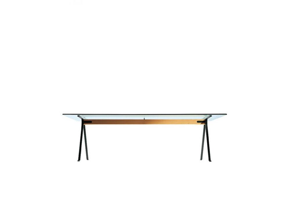 Driade tische tisch frate designbest for Design tisch enzo