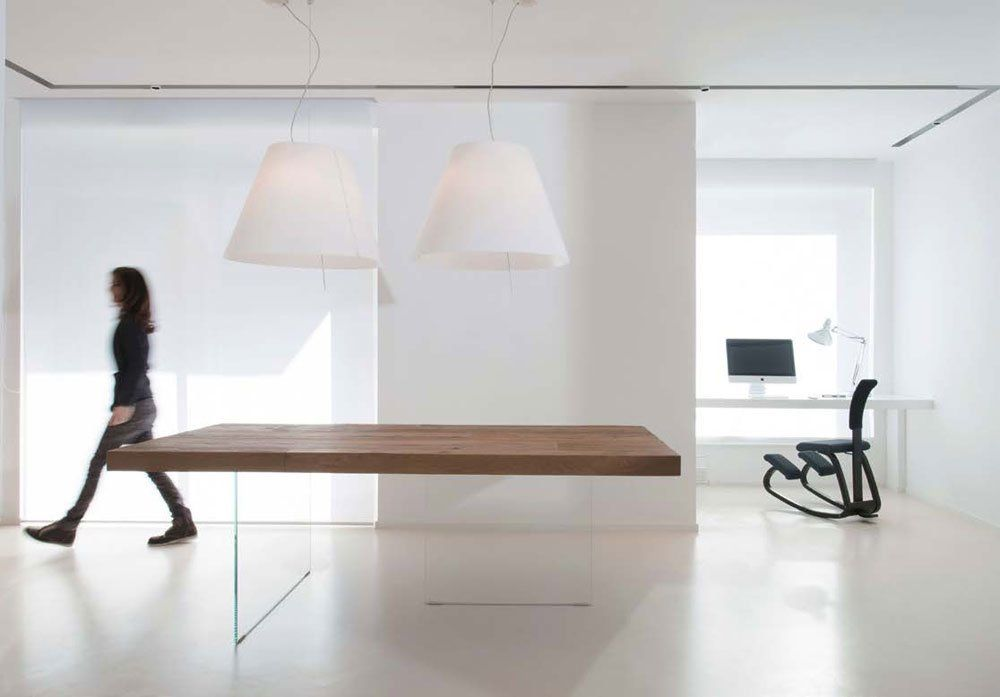 Tables: Table Air by Lago
