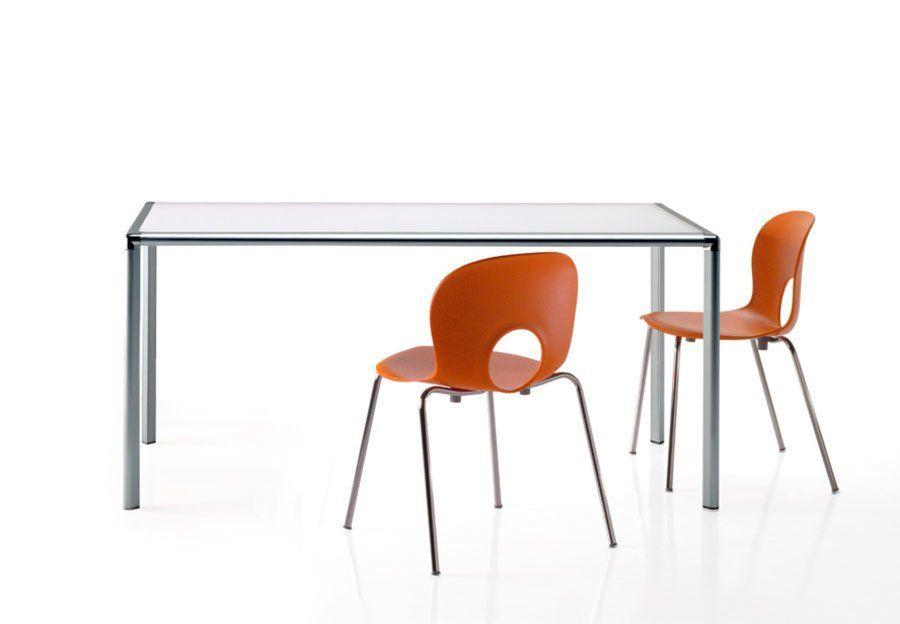 Tavolo enrico x avanguardia arredamenti for Tavoli design occasioni