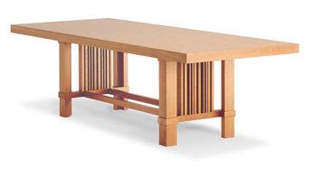 Tisch Taliesin 2