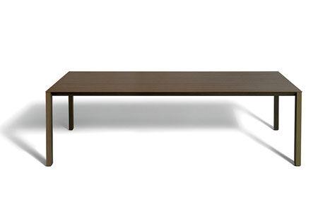Tisch Shadow