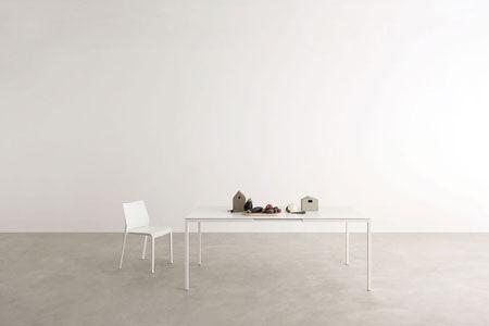 Table Helsinki 30