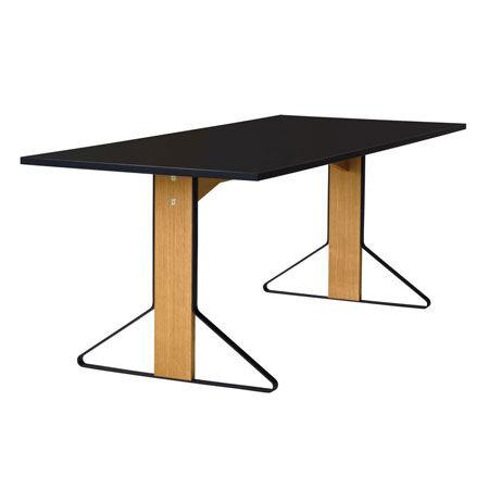 Table Kaari