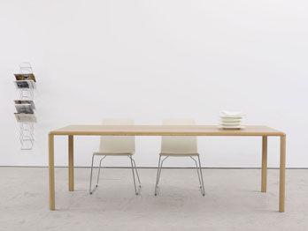 Tisch Thuna