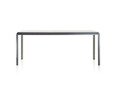Tavoli molteni c tavoli e sedie catalogo designbest - Tavolo less molteni ...