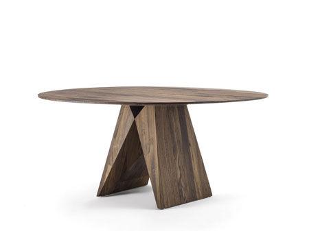 Tisch Miya