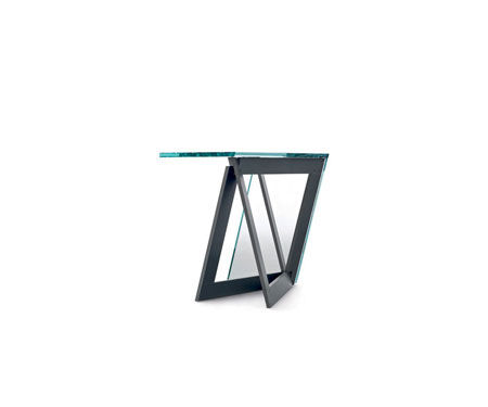 Small Table QuaDror 01