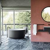 Bathtub In-Out