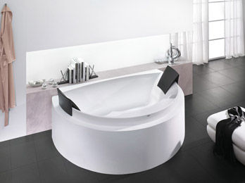 Bathtub Aviva