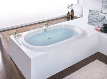 Whirlpool bathtub Waikiki