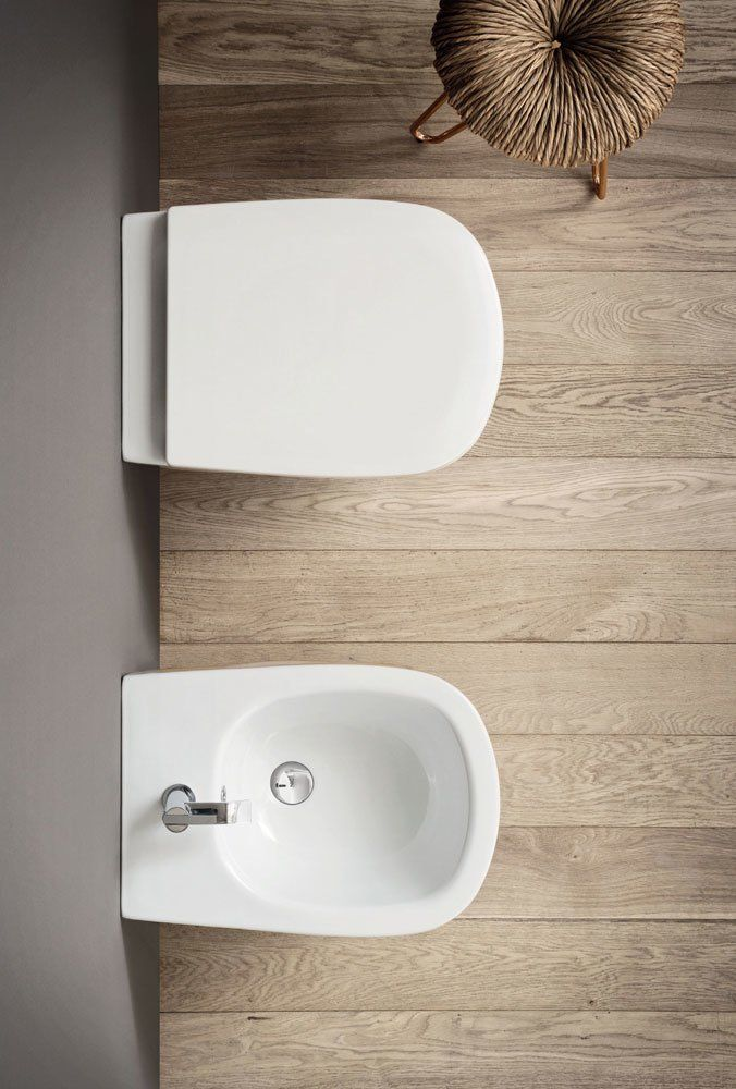 Ovvio Tavoli Da Giardino.Wc E Bidet Ovvio Da Nic Design Designbest
